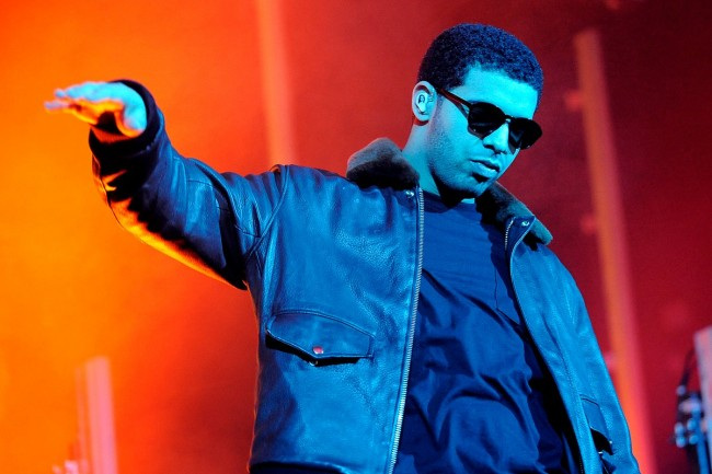 Drake Says He Plans to Blow Up VMA Stage